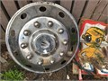 RealWheel large truck wheel cover 24 stainless with lugs Missing one of the two rear mounting bra
