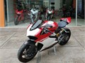 Ducati 1199 Panigale from 201410000km has no marks or scratch as shown in the pics everything in