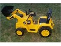 Power Wheels Cat Tractor like newTractor Bucket moves up and down with the handlebattery still g