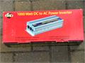 1000 WATT  2500 WATT PEAK POWER INVERTER  Makes for a great disaster prep and Christmas present f