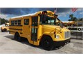 2006 Frieghtliner Thomas Stock 2375 MBE924 Diesel Automatic Air Brake 6 Row- 14 children- 7 a