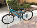 Girls bike for sale in good condition 2000   951-204-2370