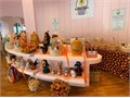 Floral  Gift Basket stations available in exclusive Beverly Hills Gift Basket Shop 500mo- month