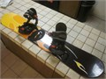 LAMAR SNOWBOARD 125cm with Lamar ratchet bindings stomp pad and leash used one time MINT conditio