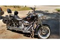 Black  Vance  Hines Pipes  Saddlebags  2 Backrests  Windshield  New Battery  Trickle Charger