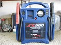 Jump N Carry JNC 660 Jump Starter1700 Peak Amp holds charge in excellent condition works great