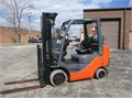 6000 LB Capacity Toyota Forklift Model  8FGCU30 Propane Gas Cushion Non Marking Tires 3 Stage