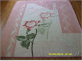 Heavyweight Queen blanket with pink rose Reversible Really nice condition 10 909-983-7427