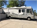 2002 Fleetwood Southwind 32v Sleeps 6 Workhorse engine dual AC generator and Low Miles 185000