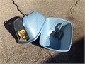 Jumbo Hooded cat litter box wi scoop