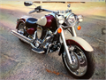 1999 YAMAHA ROAD STAR- IMMACULATE- TONS OF CHROME- CUSTOM RIMS- LESS THAN 11000 MILES VANCE HINES