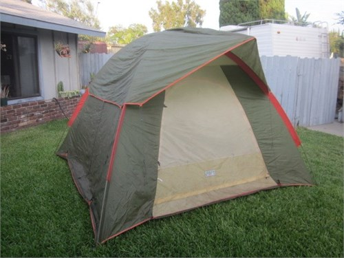 9x9 dome tent good cond