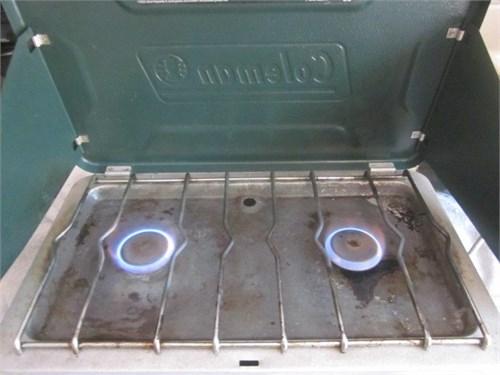 2 burner propane stove