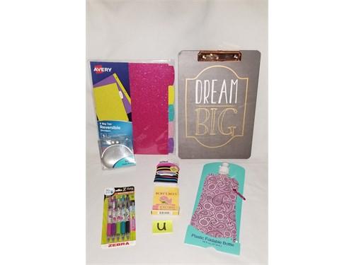 (U)Birthday Gift Box