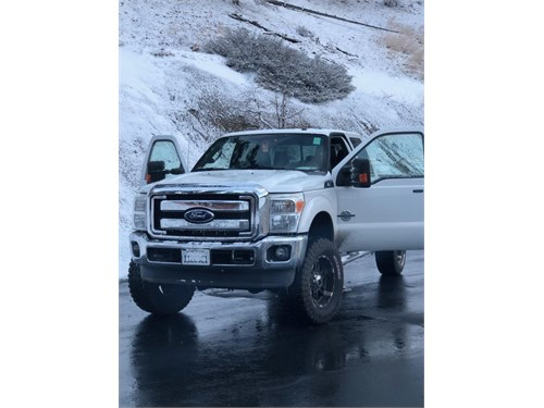2011 Ford F250 NEW ENGINE