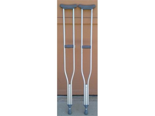 """Aluminum Crutches up 6-6"""""""