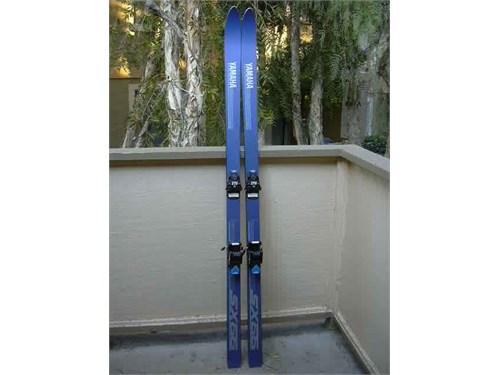 Yamaha Skis 180's/180 cm
