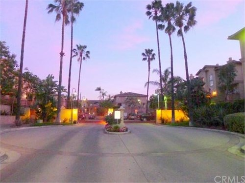 walk to Disney-Gated Comm