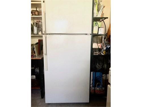 16.6 cu ft freezer/fridge