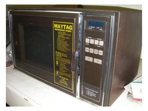 MAYTAG MICROWAVE OVEN 160