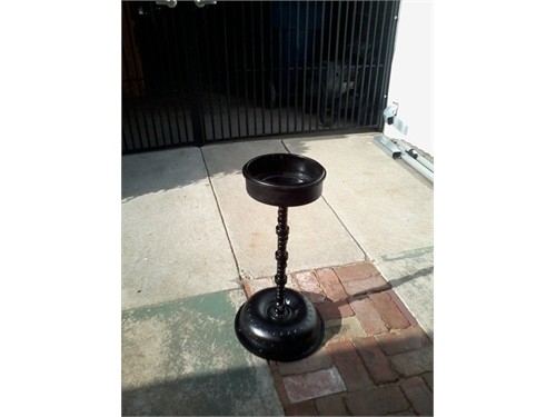 Ashtray/Plant Stand