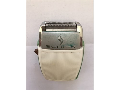 Vintage Schick elec razor