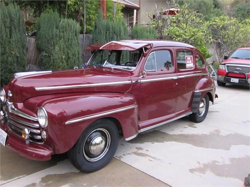 1948 Ford 4Dr. Super Delu