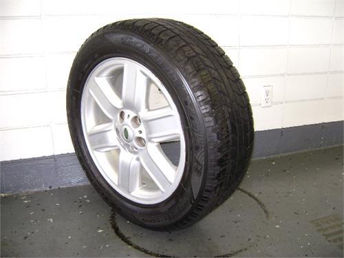 "19"" Wheels / Tires"