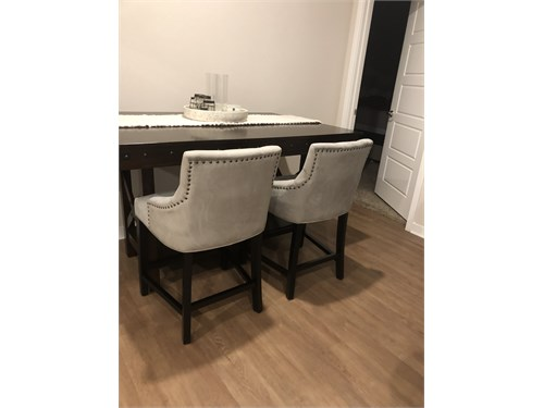Counter Height Dining Tab