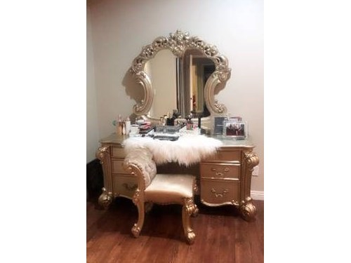 VANITY WITH CHAIR GOLD