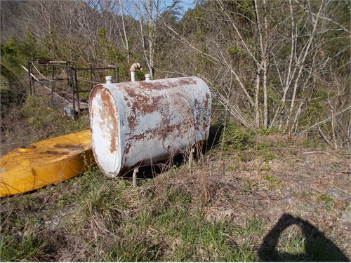 250 gallon fuel tank