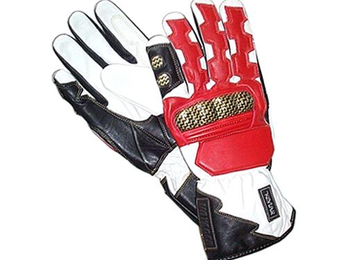 Voyager 'Shark' Gloves