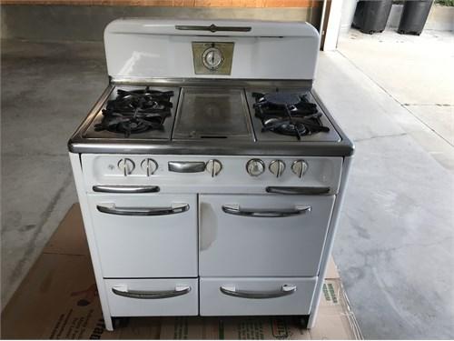 Wedgewood vintage stove