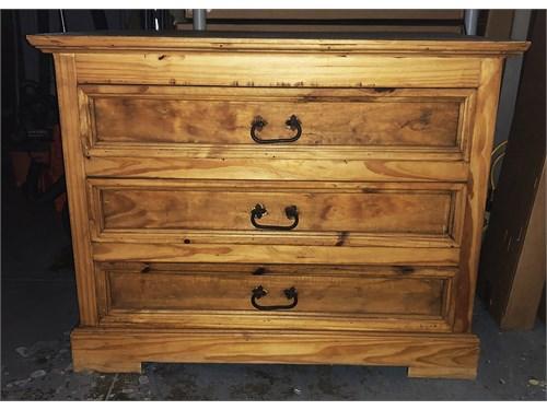 HQ Pine Dresser+Nght Stnd
