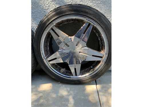 Pinnacle Rims and Tires