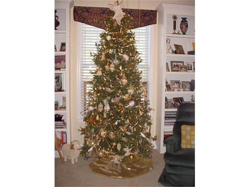 Pre-lit 7.5' xmas tree