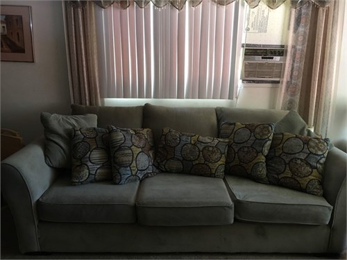 Large Couch w/ pillows