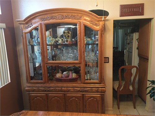 China Hutch/dinning table