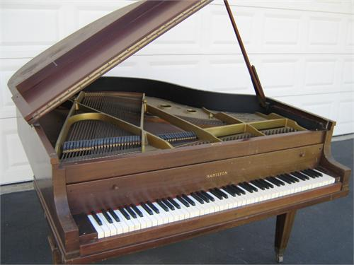 baby grand piano for sale temecula ca. Black Bedroom Furniture Sets. Home Design Ideas