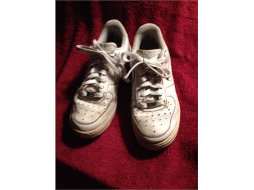 Sneakers - NIKE (6Y)