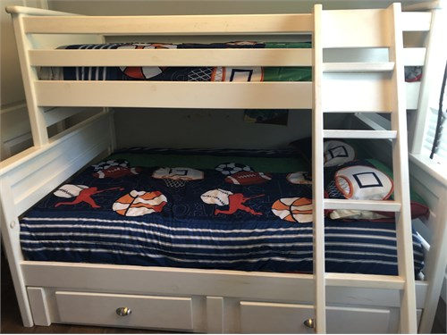 Bunk Bed w/Storage