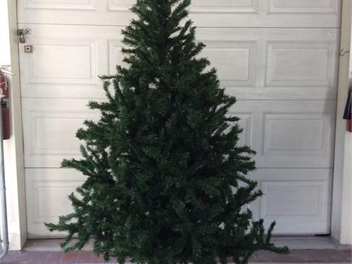 6 ft Stats Xmas tree