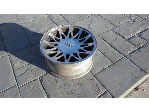 1998-2002 town car wheels