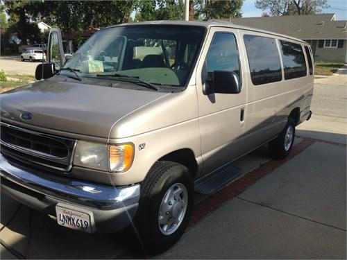 2001 FORD E350 XLT 15 seat VAN