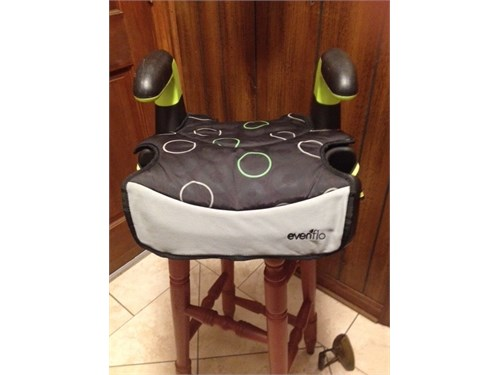 BOOSTER SEAT - EVENFLO