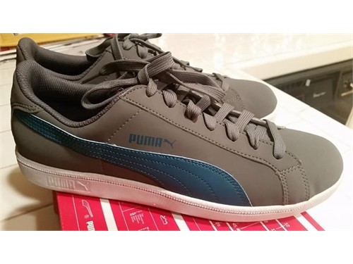 Puma Smash Buck sneakers