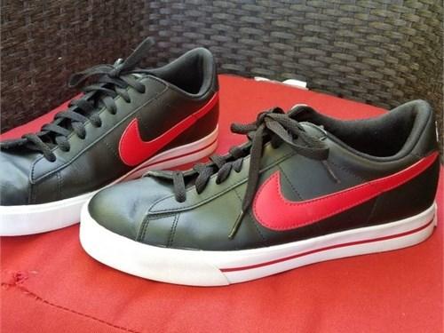 Nike classic leather 9.5