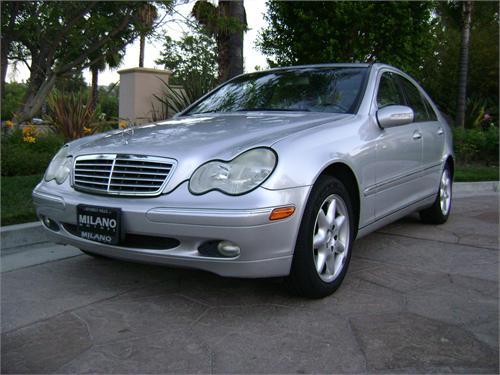 Mercedes Benz C320