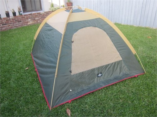 Dome Tent 7'x 6' x 42