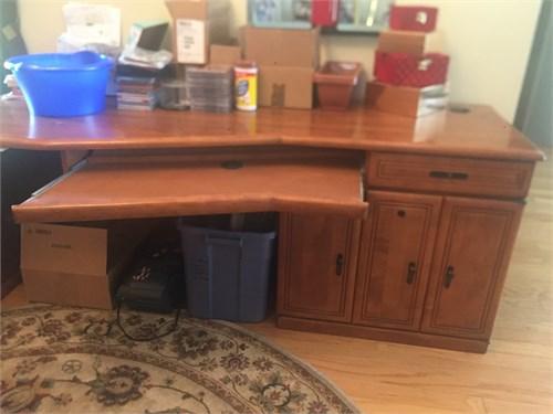 Desk forsale